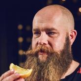 Kunskapens frukt – av Liv Strömquist. Regi: Mattias Brunn. Scenografi: Richard Andersson 2015
