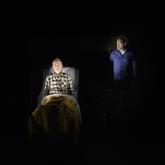 Dalateatern 2021 – Regi: Pelle Öhlund – Scenografi/kostym: Richard Andersson – Projektioner: Illka Häikiö – Foto: Per Eriksson